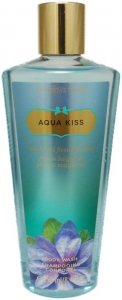 Victoria's Secret Aqua Kiss V�cut �ampuan�